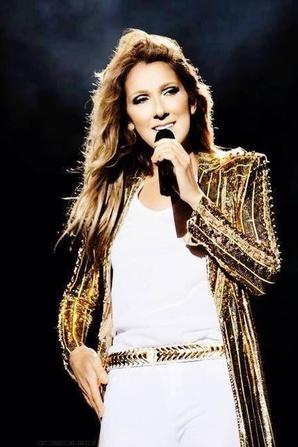 """.  27/07/2013 : Céline faisait un concert """" Céline ..une seule fois"""" à Québec."""