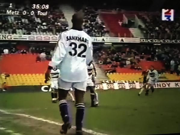Photos d'Aboubacar Sankharé lors du quart de finale Metz TFC su 03/02/1999