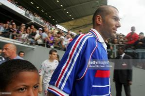 Photos de Zinedine Zidane lors du match TFC FRANCE 98 du 30/05/2005