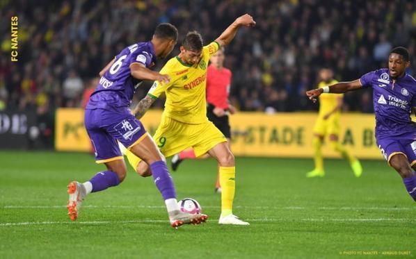 Photos de Steven Moreira lors du match Nantes TFC du 20/10/2018