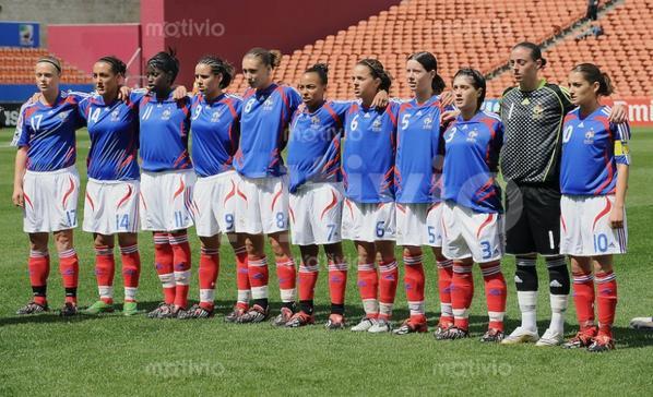 Photos de Kelly PERDRIZET lors du match FRANCE PARAGUAY du 30/10/2008