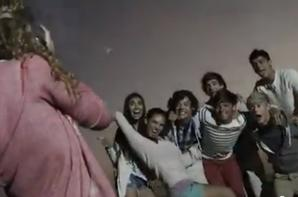 "Capture du clip ""What Makes your Beautiful"" One Direction"