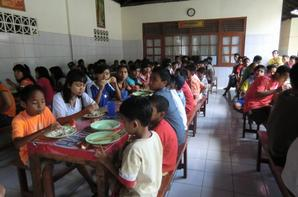 Octobre 2012 - Travaux de réfection à l'Orphelinat de Klungkung