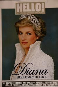 Diverses unes sur Diana principalement pour l'anniversaire de sa mort