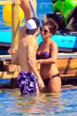 Daniella Semaan et Cesc Fabregas a Ibiza