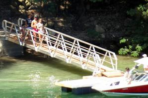 Cristiano Ronaldo, Irina Shayk, Junior et Dolores de sortie en Grèce