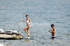 Mesut Ozil et Mandy Capristo a Ibiza le 12 - 07