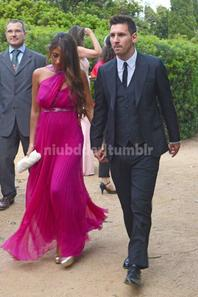 Toute les photos de Antonella Roccuzzo au Mariage de Xavi