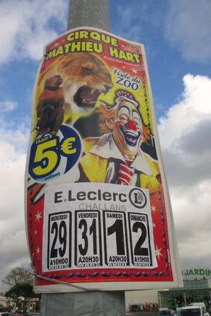 le cirque MATHIEU HART est à challans !!!!