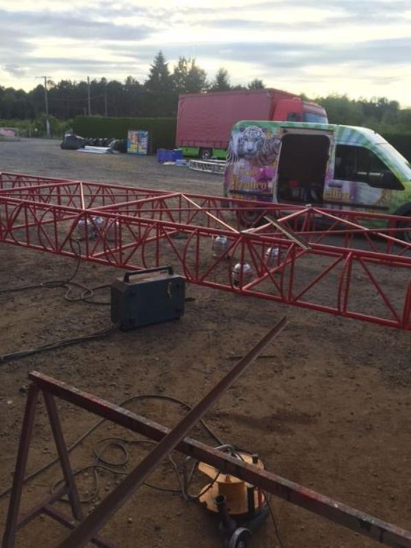 un nouveau chapiteau en préparation au cirque FRANCO ITALIEN !!!!
