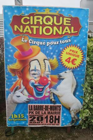 le cirque NATIONAL s affiche à la barre de monts !!!!