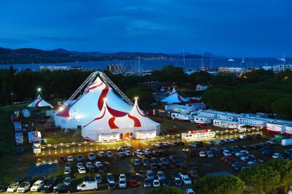 le nouveau chapiteau du cirque ARLETTE GRUSS installé à st tropez!!!!