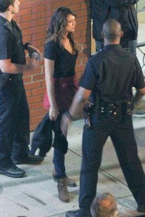 """07 / 06 / 2013 : nina sur le tournage de son nouveau fim ' let's be cops """""""