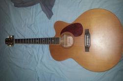 mes guitares préféré :3