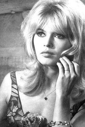 Brigitte Bardot : Théâtre