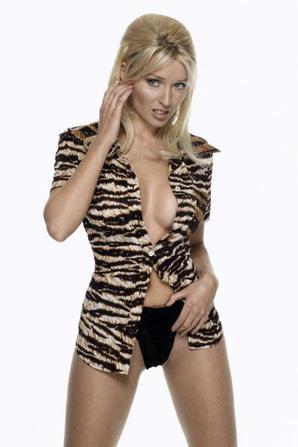 Dannii Minogue : Sa carrière