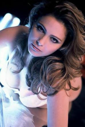 Clara Morgane, Shakira & Katy Perry !