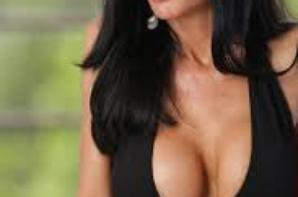 Belle brune : Veronica Avluv