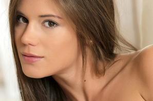 Belle Caprice-Model