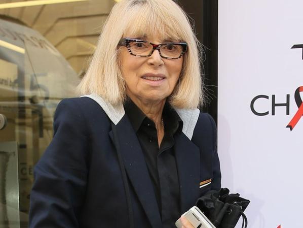 Hommage à Mireille Darc décédée 28 Août 2017