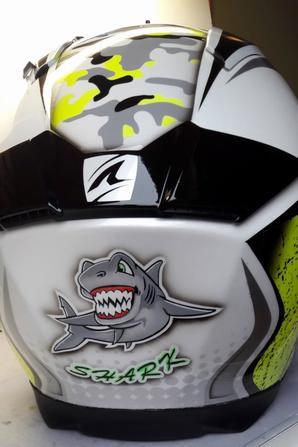 casque moto shark SPEED R peint au pistolet et à l'aérographe