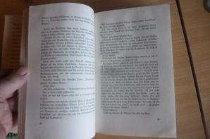 livres d une bibliotheque de la LW