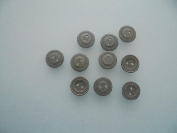 boutons en carton compressés allemand