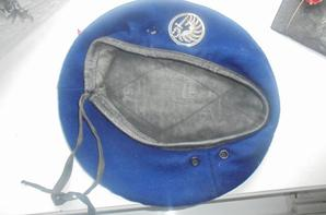 beret 3 coutures bleu para francais