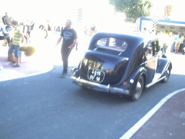 c'est une Renault Celtaquatre de la première moitié des années 1930