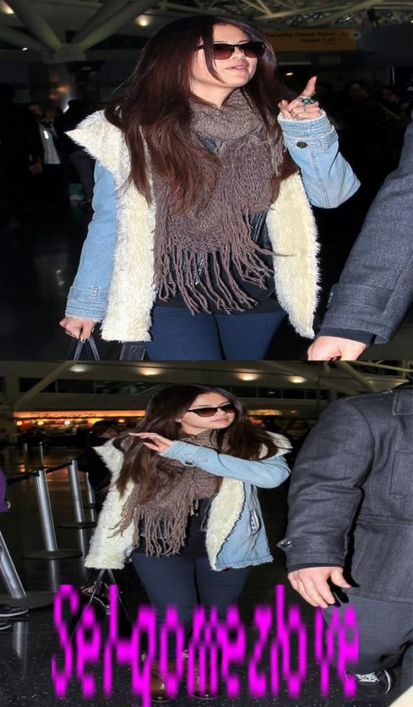 Selena à l'aéroport de JFK à New York