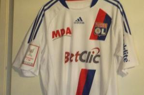 Maillot CRIS Emirates Cup 2010