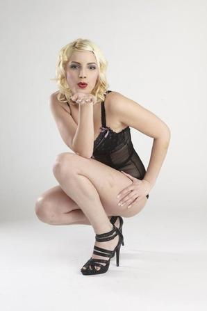 """Secret Story 6: Le quotidien Suisse """" Le matin"""" affirme que Nadège aurait été """"escort girl"""""""