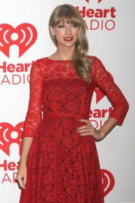 Ophrah Winfrey, Britney Spears, Taylor Swift : Découvrez le top 10 des femmes les mieux payées d'Hollywood !
