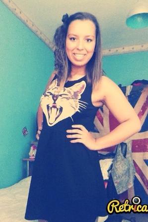 Tu ne trouveras jamais la fille parfaite, alors estime ton parcours comme une défaite.