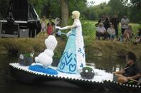 """bateaux fleuris theme """"disney"""" et animations a st amand de sevrè 2"""
