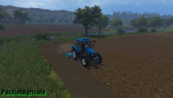 Passage de la herse rotative avec un New Holland t6.120 + sulky cultiline HR