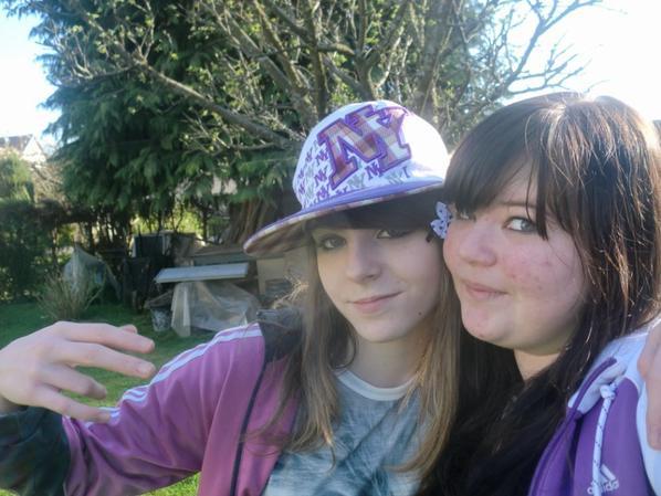 Moi et ma cousine !!! (l)