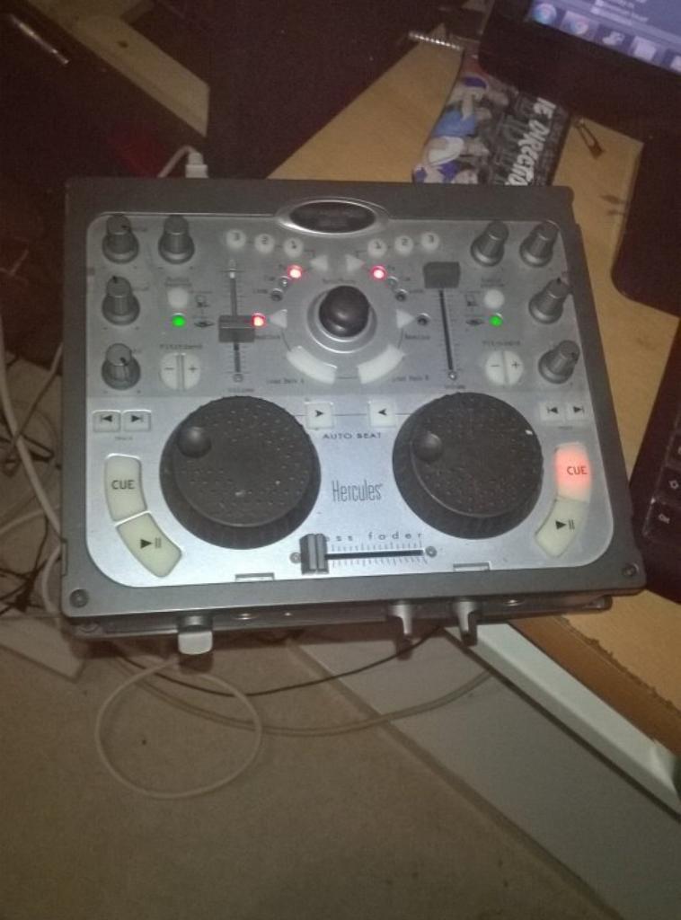 platine dj console mk2