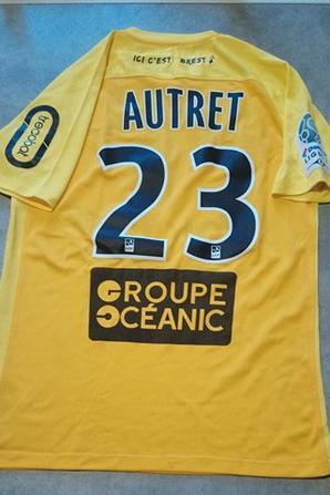 290ième maillot porté par Mathias AUTRET  face à Châteauroux