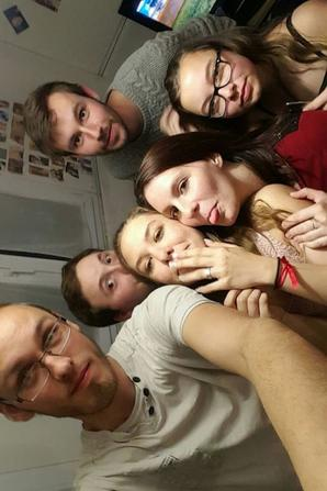 Les amis c'est ma deuxième famille  ☼