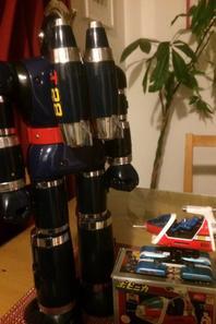 Enfin trouvé ce pack fusée  + les missiles