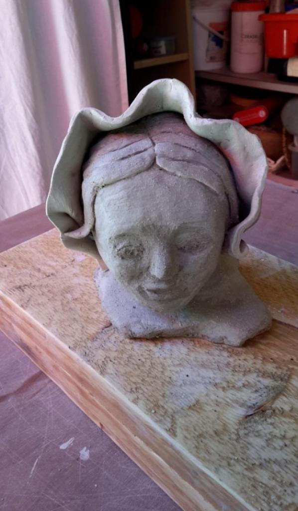 Sculpture  d'une amie qui fréquente mon atelier.