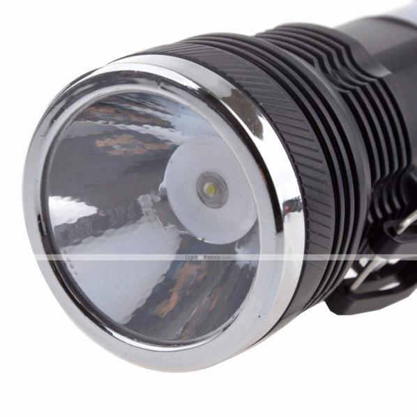 Lampe torche Led solaire