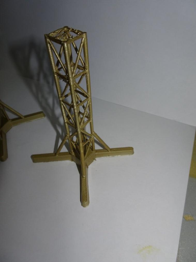 mat type eiffel hauteur 120mm avec pied possibilité autre hauteur