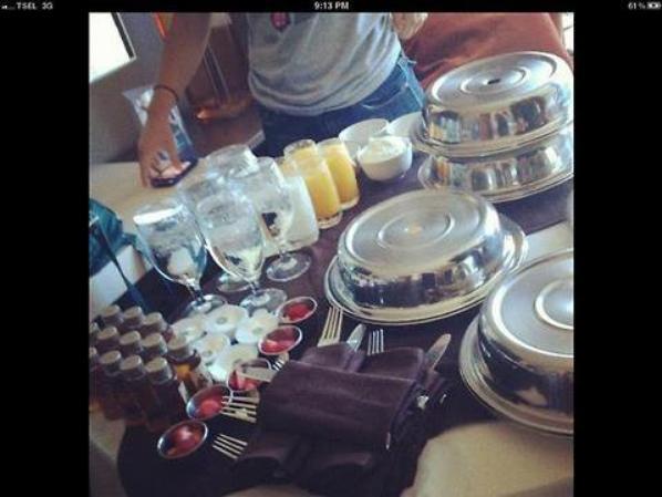 Lux dans lavion + leur room service