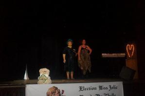 Les candidates tenue de ville 3