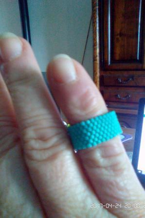 bracelets et bagues perles