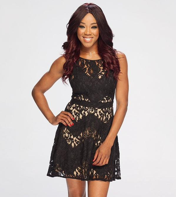 Beautiful WWE :Alicia Fox on Black Friday