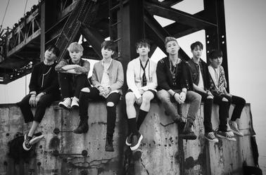 Photos Teaser de BTS - 화양연화 On Stage - Prologue