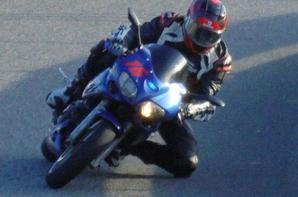 Un petit retour en arrière :) Suzuki Sv650S de 2002